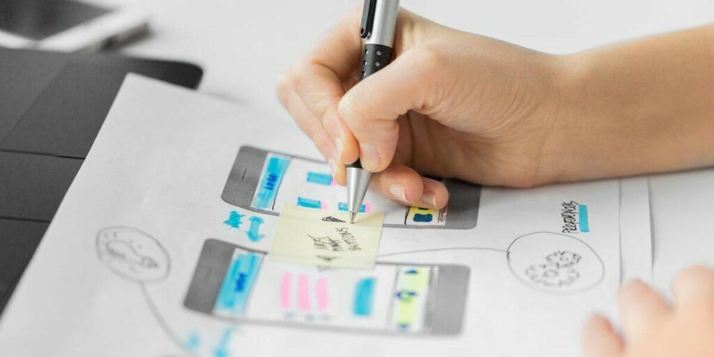 Thiết kế app mobile cho doanh nghiệp cần đảm bảo các yếu tố nhất định để app hài hòa, dễ dàng trải nghiệm